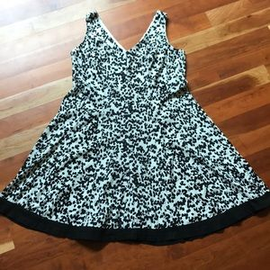 R&K Floral Black & White A-Line Sleeveless Dress